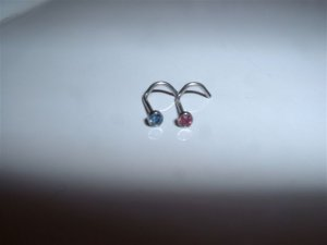 2 Nose Screws 20G With Crystals Pink & Baby Blue *FREE SHIP**