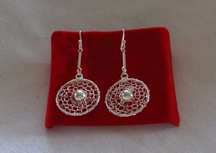 Great Looking Genuine .950 Sterling Silver Earrings
