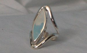 .950 Genuine Silver Ring with a Great Design that Does Not Disappoint