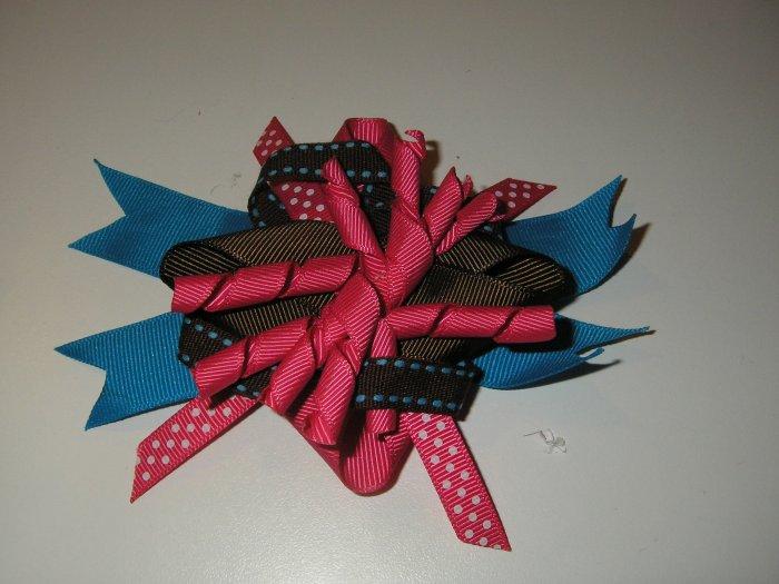 Layered Bow (Korker Center)