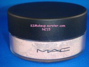M.A.C  SHEER LOOSE POWDER  #NC15