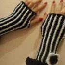 Stripe Knitted Black-white mittens,gloves