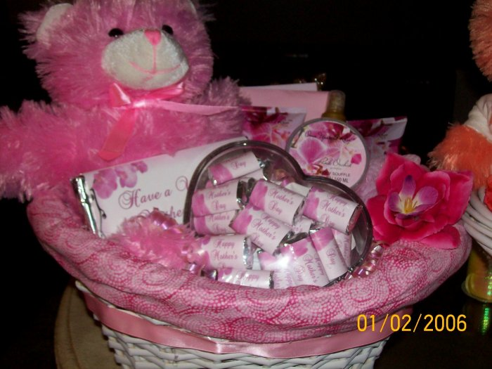 Mother's Day Gift Basket-Fully Personalized
