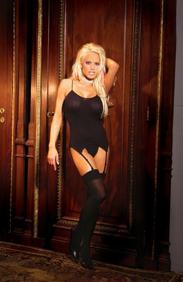 3 piece set Opaque camisette, g-string and stockings
