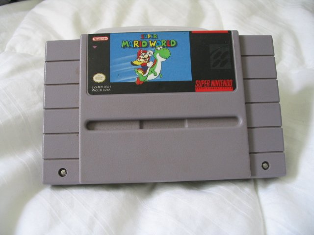 Super Mario World - Super Nintendo SNES