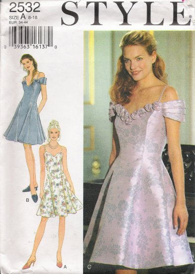 Misses' Formal Dress Sewing Pattern Size 8-18 Style 2532 UNCUT
