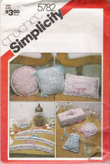 Vintage Pattern Crochet Accessories Simplicity 5782