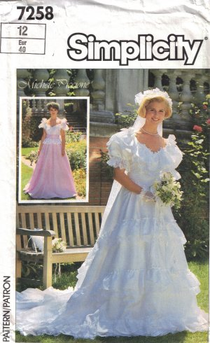 Misses' Lined Brides' or Bridesmaids' Dress Sewing Pattern Size 12 Simplicity 7258 UNCUT