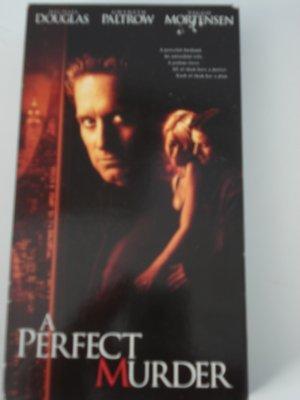 A Perfect Murder Vhs Tape Movie Michael Douglas Gwyneth Paltrow Viggo Mortensen Drama Suspense