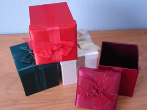 Satin Decorative Fabric Gift Boxes Burgundy Red White Green 4 Total New