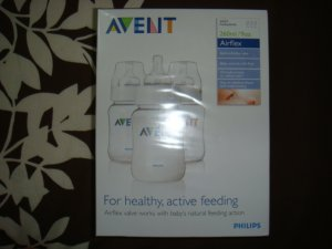 Avent Airflex Feeding Bottles - 260ml / 9 oz - 3 Bottles (MYR57.00)