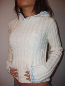 011. nwot hollister knit hoodie