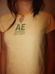 027. nwot american eagle yellow tee