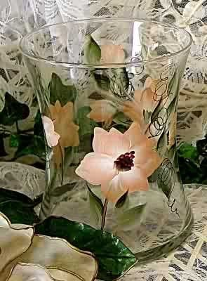 Magnolia Hourglass Ice Bucket/Vase