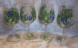 Hand Painted Purple Color Grape Wine Glasses set of 4