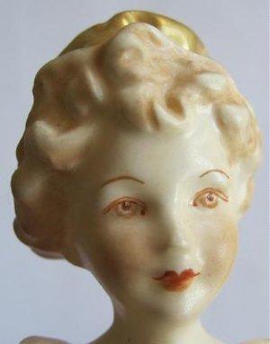1949 Royal Worcester Grandmother�s Dress Doughty Figurine Yellow Gold Highlights Matt 3081 799938