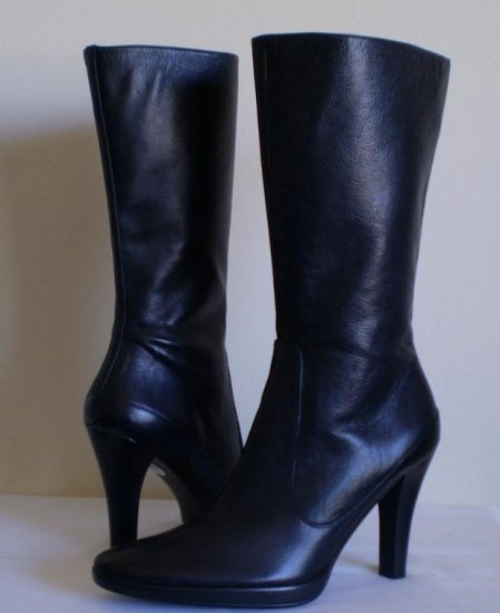 NINE WEST YESTERDAY BLACK LEATHER TALL BOOTS NW 9.5