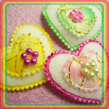 30 Heart Pad Applique w Rhinestone Card/Cloth/Embellishment 010