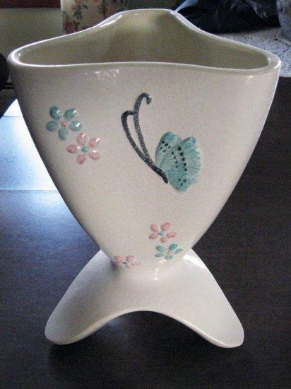 Vintage Hull Pottery Butterfly Vase 1956 B14