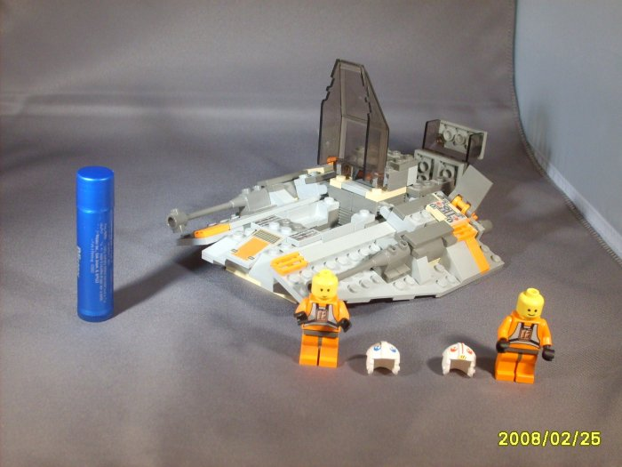 Star Wars Luke Grey Snowspeeder, Pilot & Dak Co pilot Lego Legos set