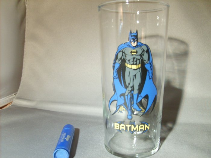 Batman The Darkknight 1999 DC Comics Super Hero Glass