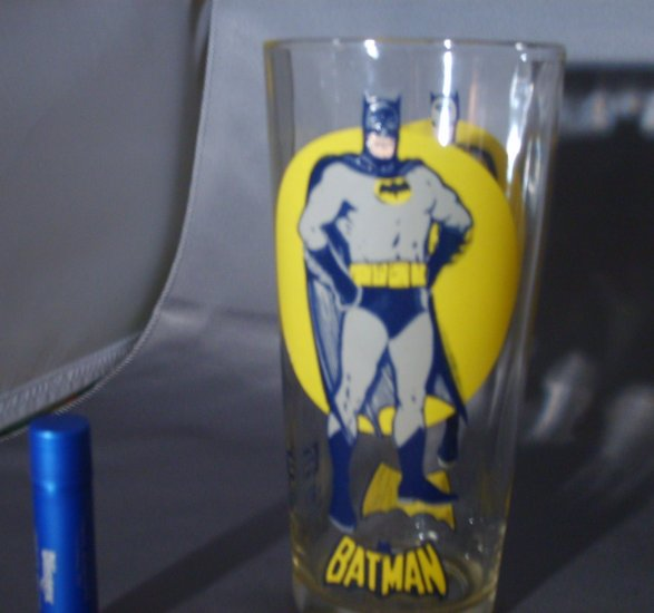 Batman The Darkknight MOON Super Series Pepsi NPP Glass 1976