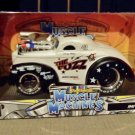 Muscle Machines 1941 Willys Sheriff The Fuzz COP STYLE RACER 1 24 Diecast Car