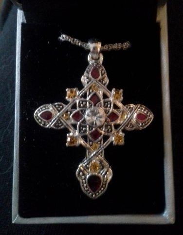 *~New Pretty Devotions Silver Plated Rhinestones Cross Necklace