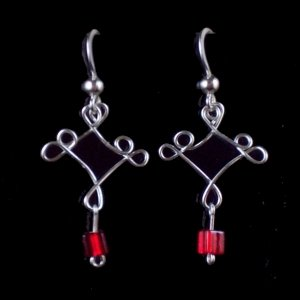 5 loops with red beads