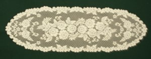 Table Runners Victorian Rose Ivory 13x45 Heritage Lace