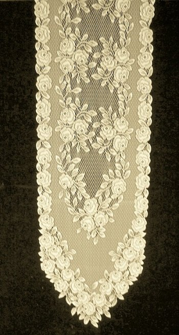 Table Runners Tea Rose Table Runner 14 x 72 Ecru Heritage Lace
