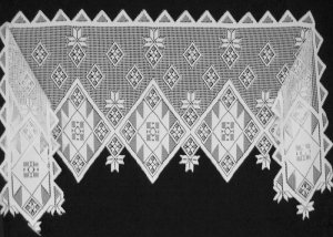 Mantle Scarf Gorgeous Quilt Patch Mantle Scarf 20  x 96 White