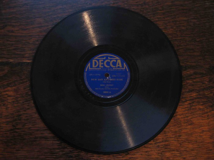 "Bing Crosby 78rpm single, ""New San Antonio Rose"" b/w ""It Makes No Difference Now"""