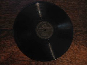 "Six Fat Dutchmen 78 rpm single, ""Firemen's Polka"" b/w ""Oomp-Pah Waltz"""
