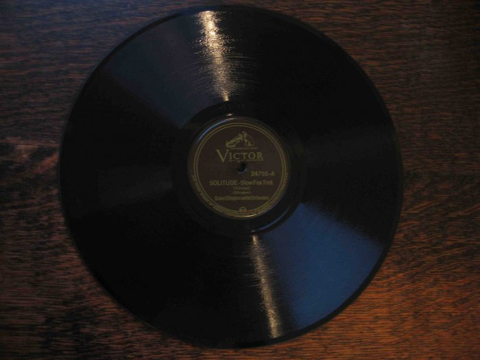 """Duke Ellington 78 rpm record, """"Solitude"""" b/w """"Delta Serenade"""""""