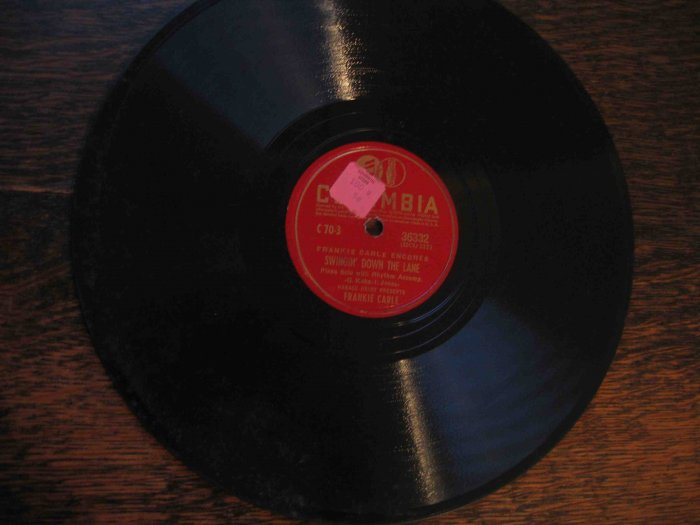 "Frankie Carle 78 rpm record, ""Swingin' down the Lane"" b/w ""The Love Nest"""