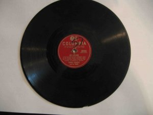 "Frankie Yankovic 78 rpm single, ""Just Because"" (int'l version) / ""Charm of Your Beautiful Dark Eyes"""