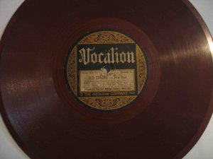 Bar Harbor Society Orchestra 78 with Stephen Foster etc. medleys, Vocalion color disk (1921)