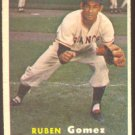 NEW YORK GIANTS RUBEN GOMEZ 1957 TOPPS # 58 G