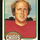 KANSAS CITY CHIEFS MIKE LIVINGSTON 1976 TOPPS # 436