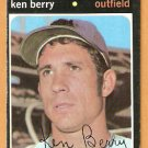 CALIFORNIA ANGELS KEN BERRY 1971 TOPPS # 466 VG/EX