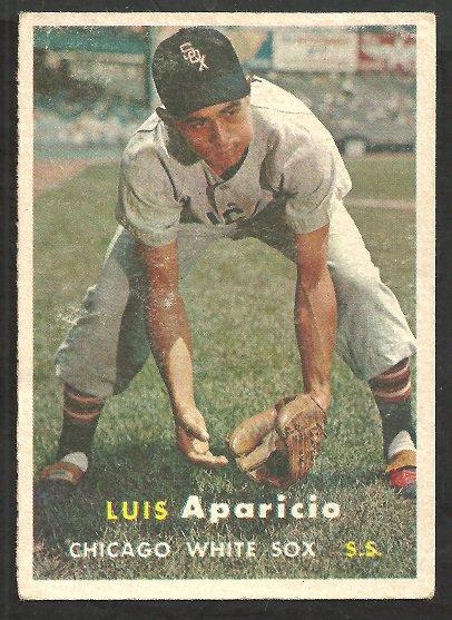 CHICAGO WHITE SOX LUIS APARICIO 1957 TOPPS # 7 vg/ex