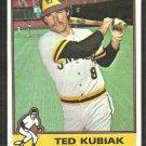 San Diego Padres Ted Kubiak 1976 Topps Baseball Card # 578 ex