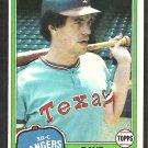 Texas Rangers Dave Roberts 1981 Topps Baseball Card # 431 nr mt