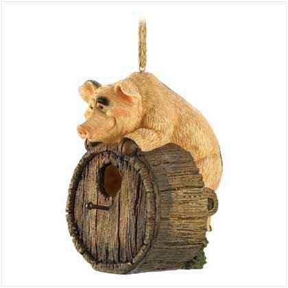 Perky Piglet Birdhouse