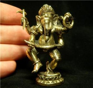 Hindu Ganesh hinduism trance lord of success trance yoga brass amulet statue new 1.75 X 2.5 in