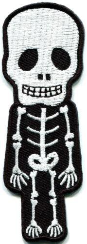 Skull skeleton goth punk emo horror biker applique iron-on patch S-262