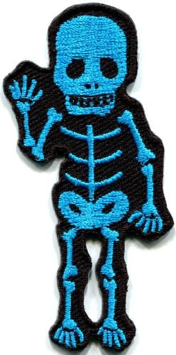 Skull skeleton goth horror psycho rock metal applique iron-on patch S-265