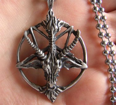 Satanic goat's head Baphomet pentagram pendant necklace FREE WORLDWIDE DELIVERY!