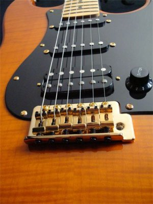 SsT Klassik Electric Guitar  - Flamed Butterscotch
